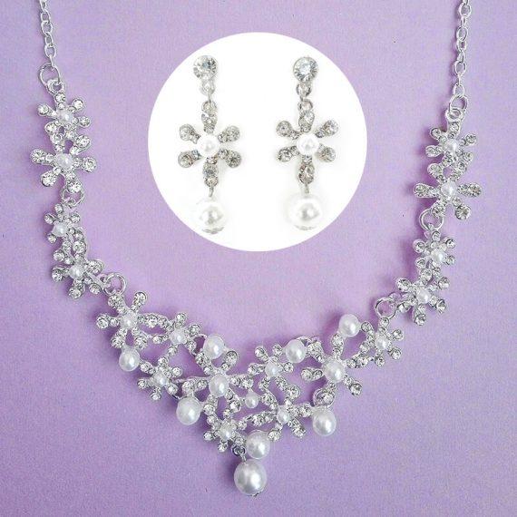 Set argintiu colier si cercei cu perle si strasuri Adele01