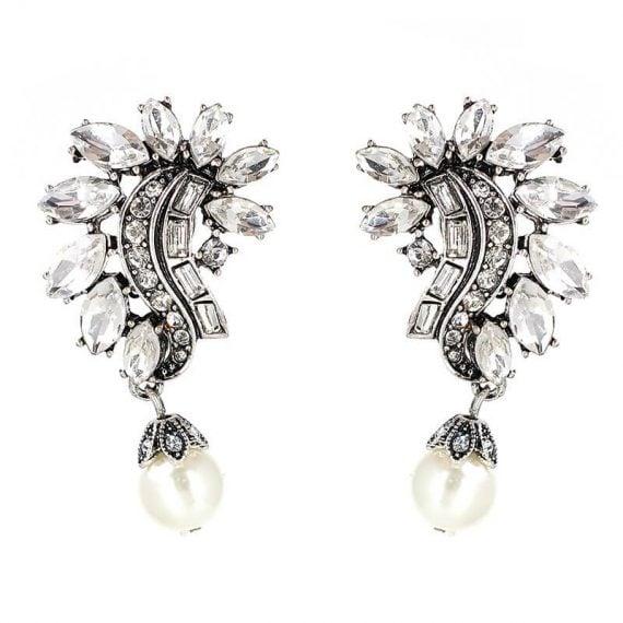 Cercei lungi argintii cu cristale albe si perla White Pearl