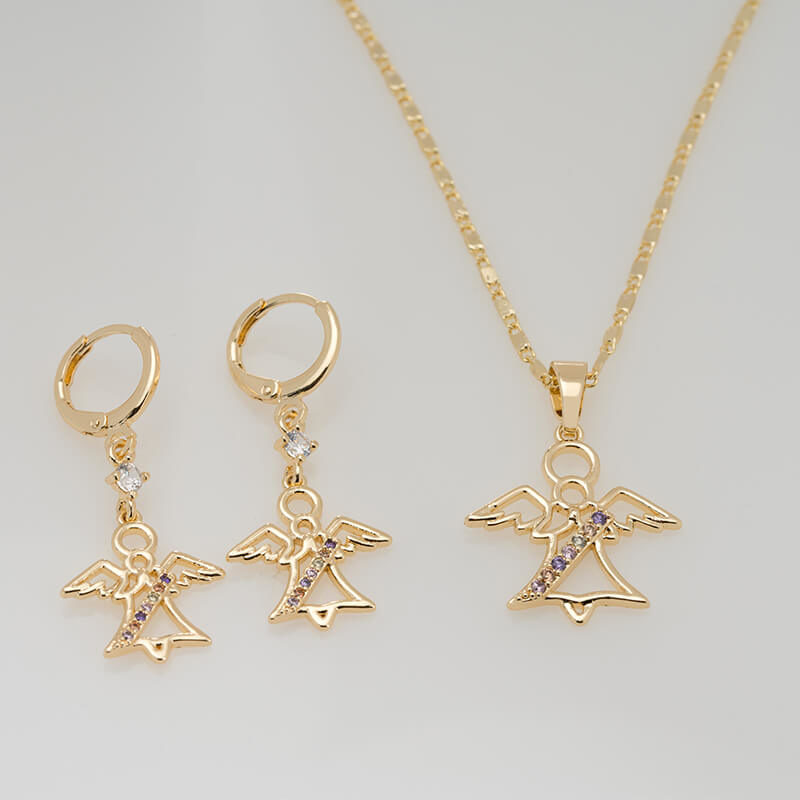 Set cercei si pandantiv Angel placat cu aur 18K, cu lantisor inclus